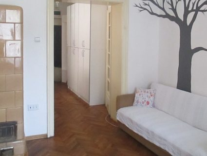 4 bed private room with bathroom and kitchen